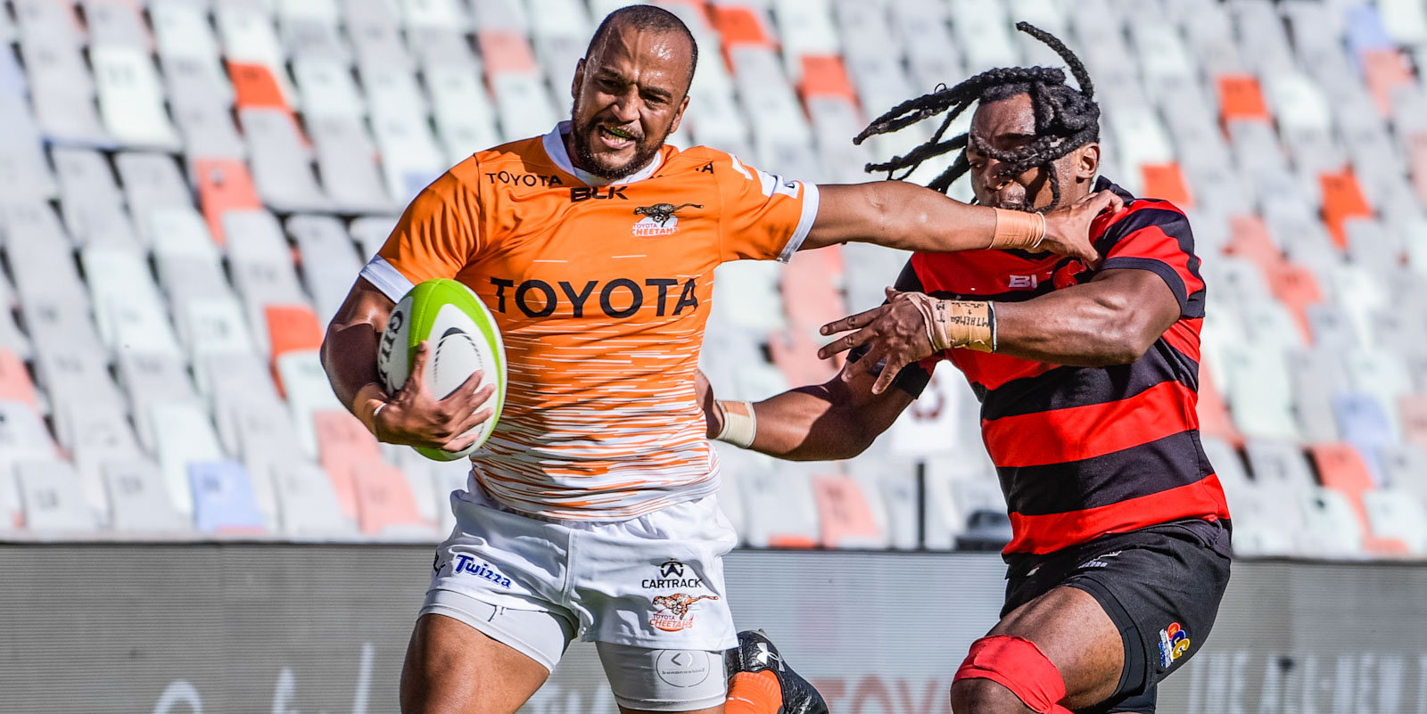 Rhyno Smith scored two of the Toyota Cheetahs' 11 tries