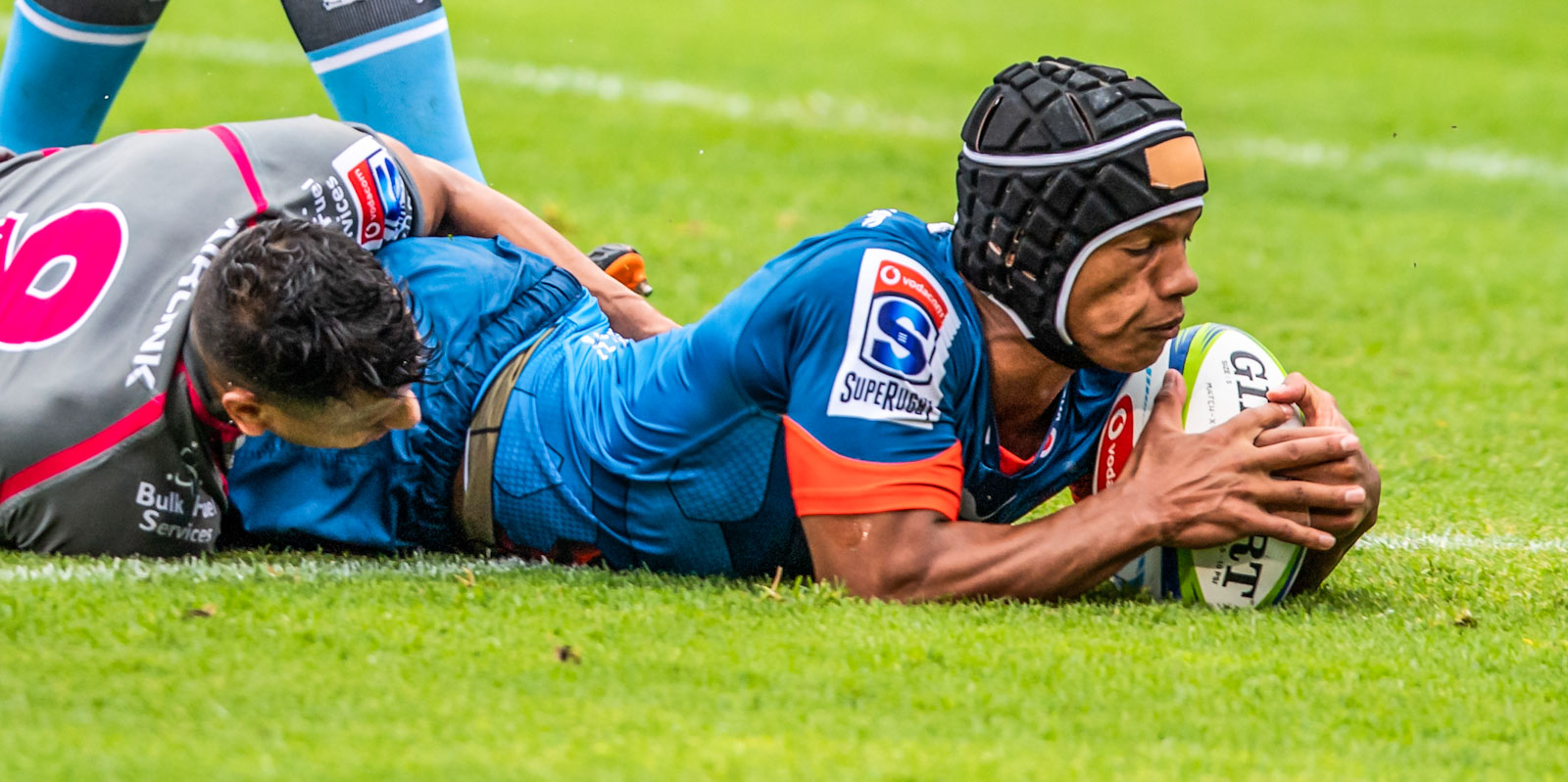 Kurt-Lee Arendse scored the first try of the match.